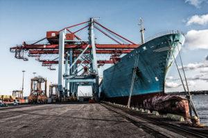 Broson Wheels – Bild på truckar vid Göteborgs hamn